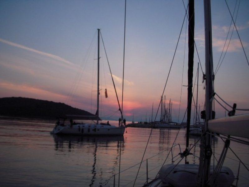 Sailing20071 800x600