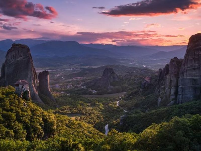 elia locardi travel photography bedtime stories    meteora greece by visit meteora 800x600