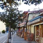 souvenir shops outside the walls of the old town in ioannina compressor 800x600