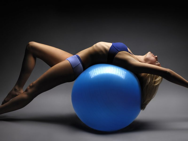wallpaper fitball and fitness aerobics 800x600
